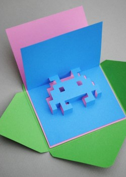 DIY.space invader pop-up card 17 - card