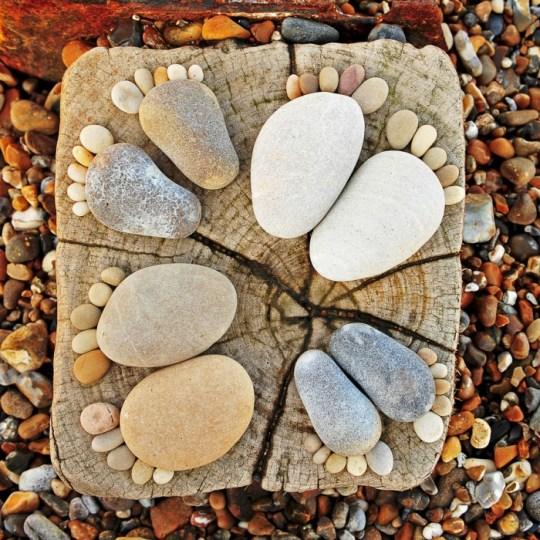 รอยเท้าจากก้อนหิน..โดย Iain Blake 21 - foot prints