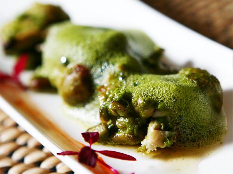 Gaggan04 Gaggan Indian Cuisine อาหารอินเดียแบบ Molecular คือการเสิร์ฟอาหารที่ทำให้นักบินอวกาศมาดัดแปลงใหม่