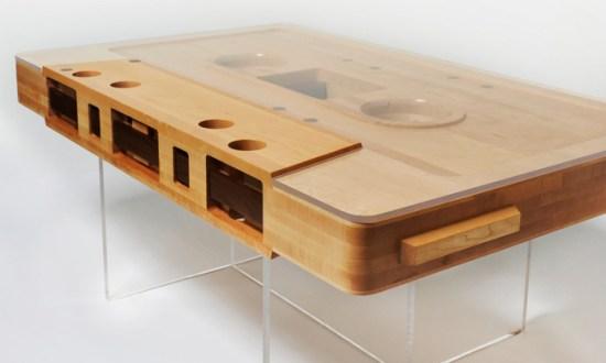 Table Index Image 2 550x330 Cassette tape table ที่ยังคงความคลาสสิค