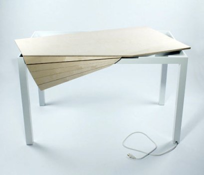 Tambour Table 2 409x350 Tambour Table โต๊ะทำงานที่ซ่อนสายไฟและเก็บของได้อย่างชาญฉลาด