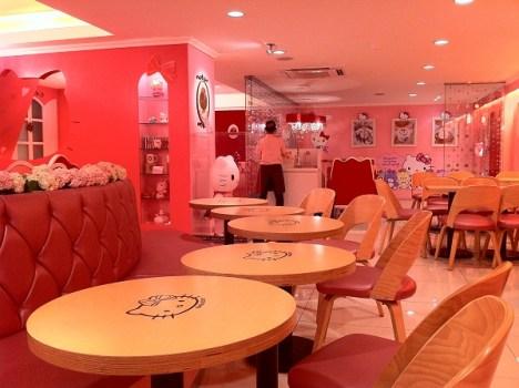 hello kitty cafe19 468x350 Hello Kitty Cafe ร้านนี้มีแต่คิตตี้