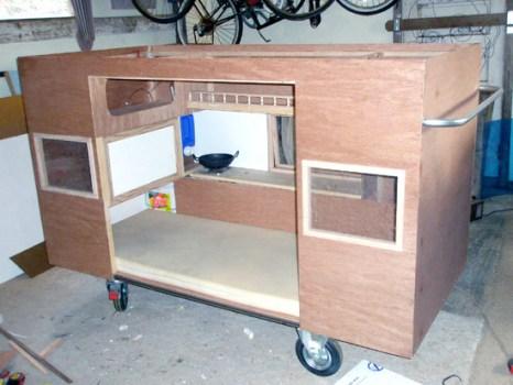 รถบ้านเคลื่อน mobile homeless shelter 14 - homeless