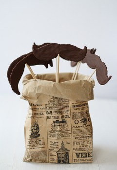 DIY.Chocolate moustache lollipops ของหวานหนวดๆ 14 - Chocolate