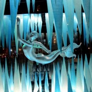 Holiday Windows with Lady Gaga Fantasy World เลดี้-กาก้า เจิดจร้า บนวินโดว์ดิสเพลย์ 28 - concert