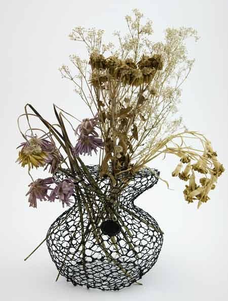 25550711 191657 A Vase for Dead Flowers..แจกัน เพื่อดอกไม้ที่แห้งเหี่ยวแล้ว