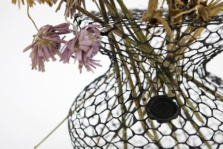 25550711 191831 A Vase for Dead Flowers..แจกัน เพื่อดอกไม้ที่แห้งเหี่ยวแล้ว