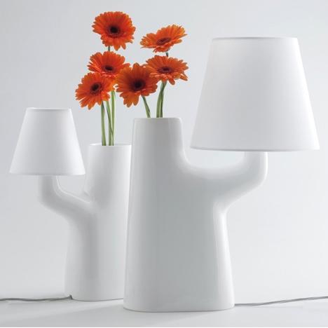 25550711 193646 แจกันโคมไฟ...ใช้การสัมผัสดอกไม้ เป็นสวิตช์เปิด ปิด