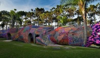 สนามเด็กเล่นจระเข้ จากโครเชต์ 87 - crocheted art