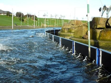AquaFence til EM semi 466x350 Update ระบบป้องกันน้ำท่วม..เตรียมรับมือน้ำที่กำลังจะมา