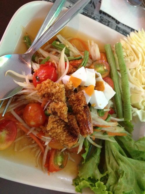 ชมสวน... 'อร่อยครบเครื่อง สไตล์ครัวบ้าน' ของพี่ปุ๊ อัญชลี  25 - ร้านอาหารไทย