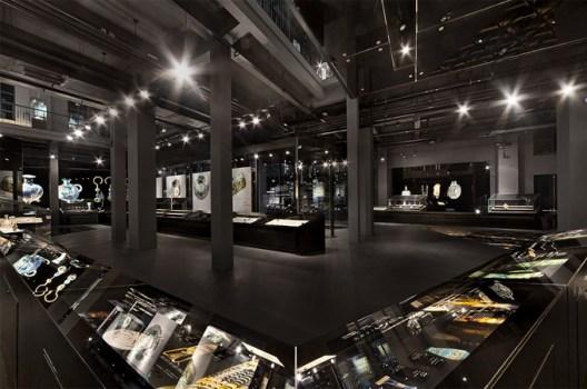 Shangai museum of glass 7 528x350 Shanghai Museum of Glass พิพิธภัณฑ์ความงามของอุตสาหกรรมแก้ว กระจก และคริสตัล