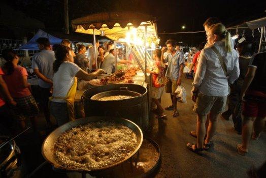 Asia's 10 Greatest Street Food Cities สุดยอดอาหารริมทาง ขอยกให้ กรุงเทพฯ 16 - cnngo.com