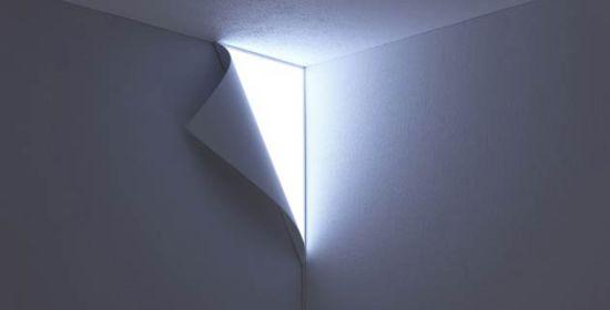 Peel wall lamp 550x280 โคมไฟ ที่ช่วยแต่งเติมจินตนาการ..เหมือนเปิดผนังออกสู่อีกโลก