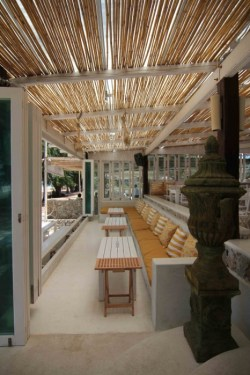 r 250x375 The glass house ร้านอาหารอินเทรนด์ริมหาด @Pattaya