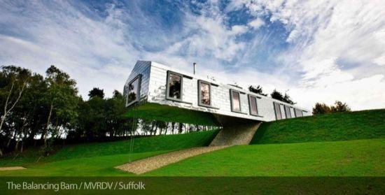 531 550x279 Living Architecture เปิดโอกาสให้ผู้คนได้เข้าไปใช้ชีวิตในบรรดาบ้านสุดเท่ ผ่านระบบการเช่า