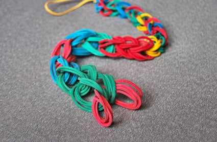 DIY.Rubber Band Chain Necklace&Bracelet  17 - bracelet