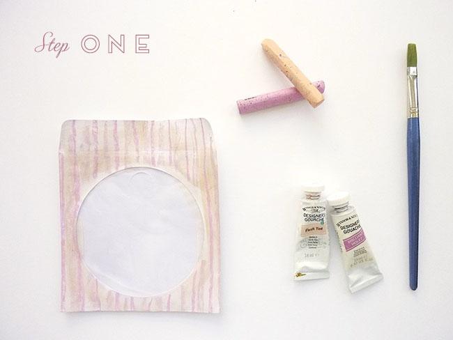 step one doliy 650x488 DIY.gift bag ถุงของขวัญง่ายๆ เพียง 5 นาที ด้วยอุปกรณ์ในออฟฟิศ