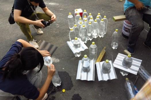 หลอดไฟจากขวดน้ำพลาสติก... 17 - Sustainable design