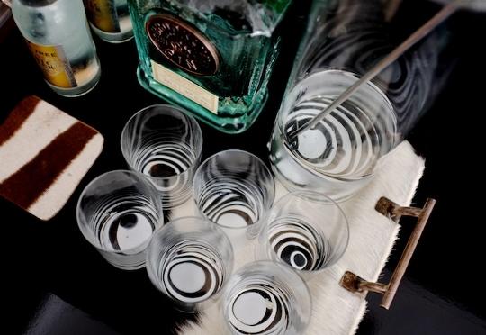 DIY: Marbleized + Striped Glassware สร้างสรรค์แก้วลายหินอ่อน สำหรับปาร์ตี้ 13 - Marbleized