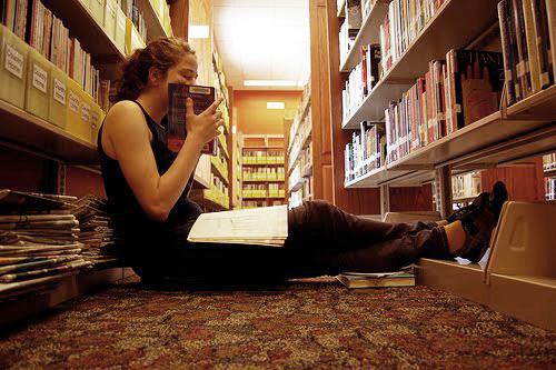 """Smell of Books สร้าง """"กลิ่นหนังสือ"""" เพิ่มอรรถรสในการอ่าน 18 - Smell of Books"""