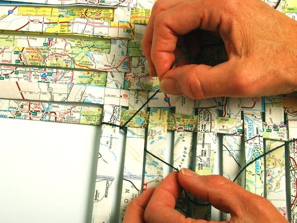 25551229 193318 เก็บแผนที่ กระดาษห่อของขวัญ มาสานตะกร้ากัน