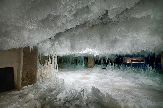 25560121 094452 เห็นแล้วจะหนาว..เปลี่ยนห้องเย็นเป็นโรงงานผลิตอะไหล่จักรยาน