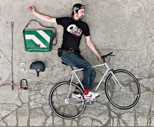 freitag guide2 Green Fashion Product FREITAG กระเป๋าที่ทำมาจากผ้าใบคลุมรถบรรทุก