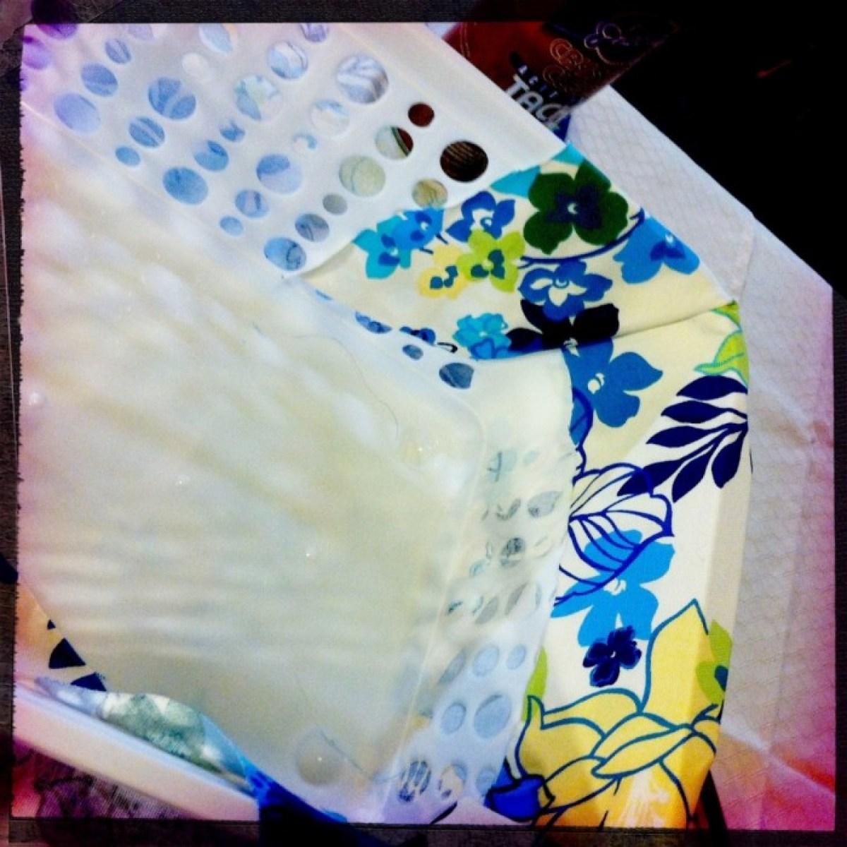 IMG 4052 1 DIY แปลงโฉมตะกร้าพลาสติก เป็นตะกร้าผ้าสุดสวย