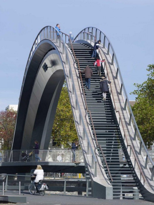 Melkweg Bridge by NEXT Architects สะพานที่สร้างความสุนทรีย์แก่ผู้สัญจรทางเท้า และจักรยาน 13 - Architecture