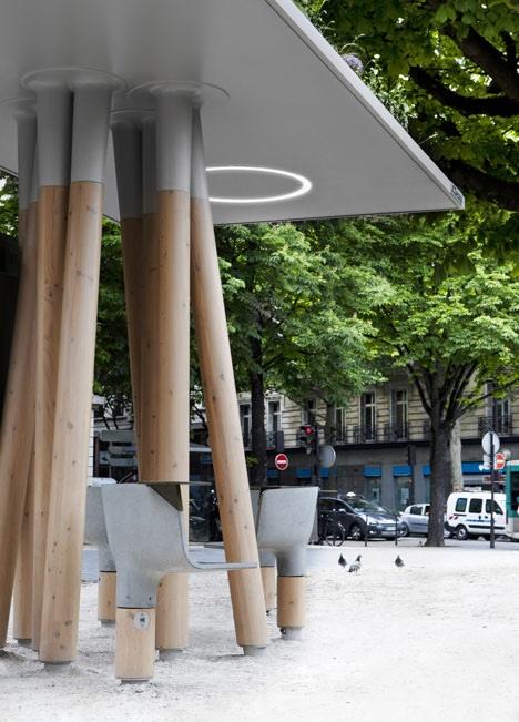 25560320 095125 งานออกแบบ Wi Fi stations ..ในกรุงปารีส สวยงามร่มรื่น น่านั่งยิ่งนัก