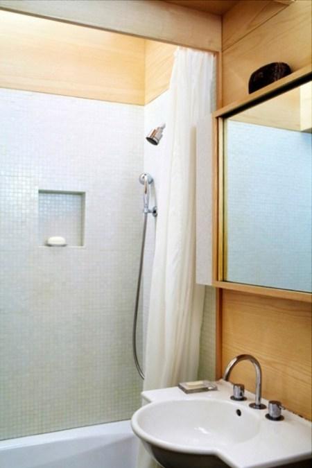 seggerman-apartment-nyc-bathroom