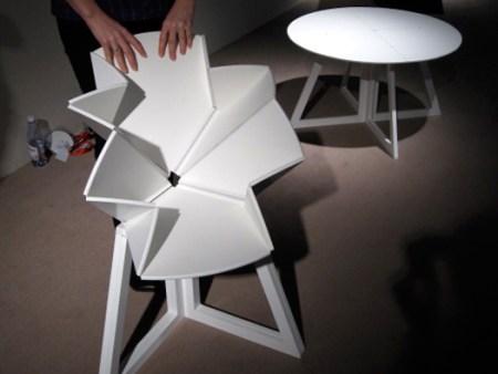 grand central sanna lindstrom sigrid stromgren 450x338 Folding Table is Inspired By Pop Up Map Grand Central โต๊ะพับได้ตามรูปแบบของการพับแผนที่ป๊อปอัพ