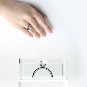 ขอแต่งงานด้วย Invisible love ring  24 - diamond