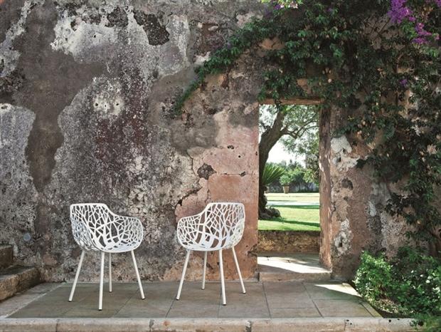 25560503 161119 FOREST..เก้าอี้ที่ได้แรงบันดาลใจจากรูปฟอร์มในธรรมชาติ
