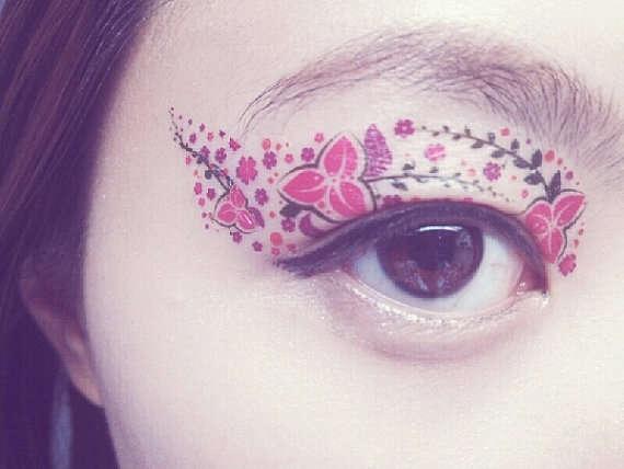 25560511 211445 Eye Tattoos..แฟชั่นใหม่ของการตกแต่งดวงตา