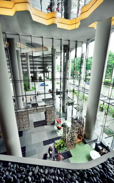 25560523 182429 สวนลอยฟ้า และรูปฟอร์มสวยงาม ที่ PARKROYAL Hotel สิงคโปร์