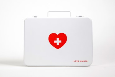 อกหักรักษาได้.. LOVE HURTS ชุดปฐมพยาบาลเบื้องต้นของคนอกหัก 19 - love