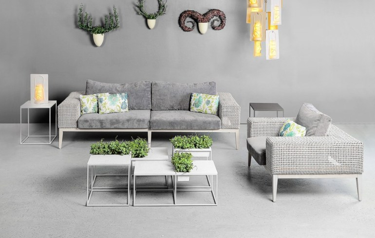 Kaja by Kenneth Cobonpue โต๊ะสำหรับสร้างพื้นที่สีเขียว 15 - Green Area