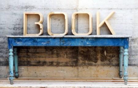 image22 450x287 BOOK ชั้นหนังสือที่เป็นหนังสือ!?