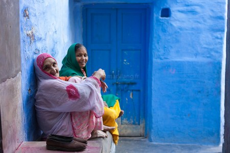 7166187613 be90874149 z 450x300 Bule City เมืองสีฟ้ากลางทะเลทราย ในประเทศอินเดีย