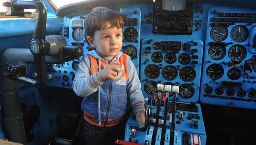 TEHO2e เปลี่ยนเครื่องบินเก่าเป็นโรงเรียนอนุบาลให้เด็กๆ ✈︎ ไอเดียจากประเทศจอร์เจีย ??