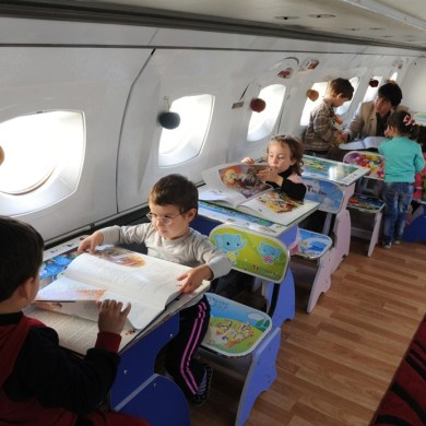 เปลี่ยนเครื่องบินเก่าเป็นโรงเรียนอนุบาลให้เด็กๆ ✈︎ ไอเดียจากประเทศจอร์เจีย ?? 14 - Airplane