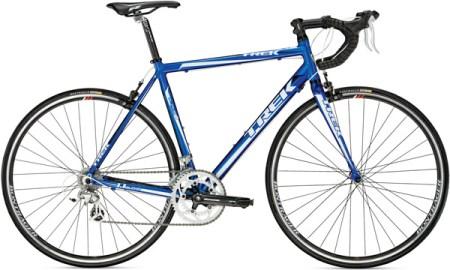trek 1 1 2010 road bike 450x270 Pick The Right Gear เลือกจักรยานให้เหมาะสมกับตัวเอง