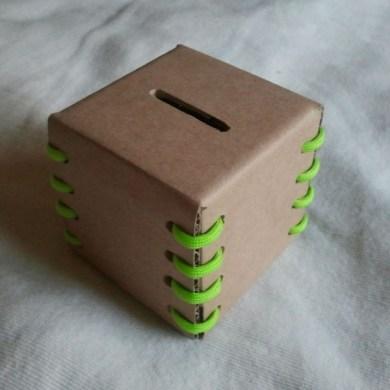 DIY กระปุกใส่เหรียญ ใส่เงิน รีไซเคิลจากกระดาษกล่อง 18 - banking