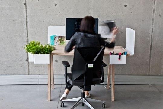 25560704 093505 WorkNest..ชุดโต๊ะทำงาน ที่ปรับเปลี่ยนได้ตามความต้องการใช้สอยและความรู้สึก