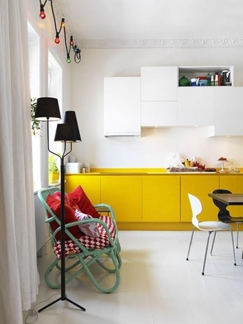 25560710 085600 ไอเดียแต่งห้องครัวด้วยสีเขียว เหลือง 30 แบบ
