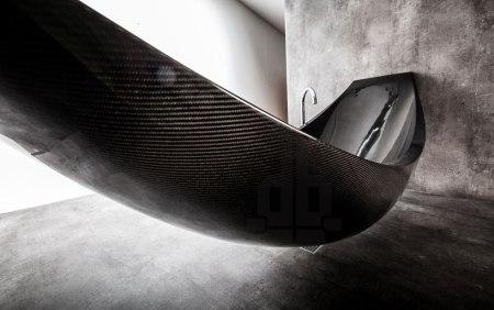 splinter works vessel carbon fibre hammock bathtub designboom 05 450x282 น่านอน...อ่างอาบน้ำหรือเปลกันแน่ carbon fibre bathtub