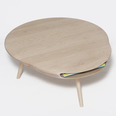 dezeen Tokyo table by Loic Bard 1sq Tokyo table เรียบง่ายและสวยงาม