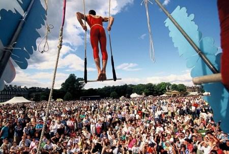 e4 450x302 Edinburgh Festival Fringe เทศกาลศิลปะกลางแจ้งที่ยิ่งใหญ่ที่สุดในโลก